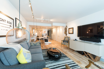Yaletown Condo for sale: Pacific Promenade 2 bedroom 1,123 sq.ft. (Listed 2019-09-09)