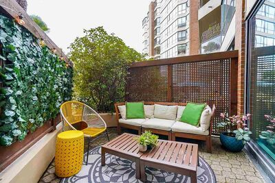 False Creek Apartment/Condo for sale:  1 bedroom 880 sq.ft. (Listed 2021-04-06)