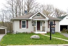 Port Hope Bungalow for sale:  2 + 1  (Listed 2019-03-26)
