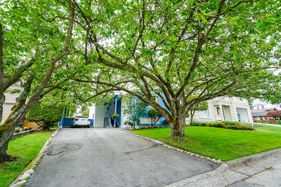 Central Park House for sale:  4 bedroom 2,731 sq.ft. (Listed 2019-07-15)