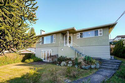 Forest Glen House for sale:  3 bedroom 2,614 sq.ft. (Listed 2021-04-16)