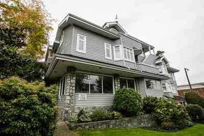 Kitsilano Condo for sale:  2 bedroom 1,255 sq.ft. (Listed 2018-04-07)