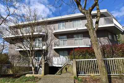Hastings Condo for sale:  2 bedroom 805 sq.ft. (Listed 2018-04-07)
