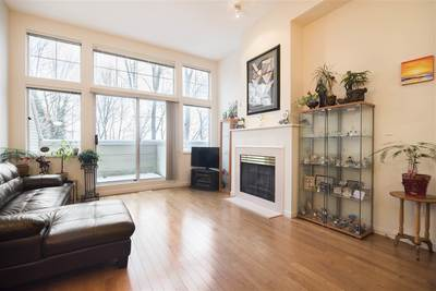 Champlain Heights Townhouse for sale:  3 bedroom 1,427 sq.ft. (Listed 2018-04-07)
