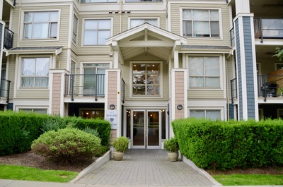 Fraserview NW Condo for sale:  2 bedroom 1,025 sq.ft. (Listed 2018-06-20)