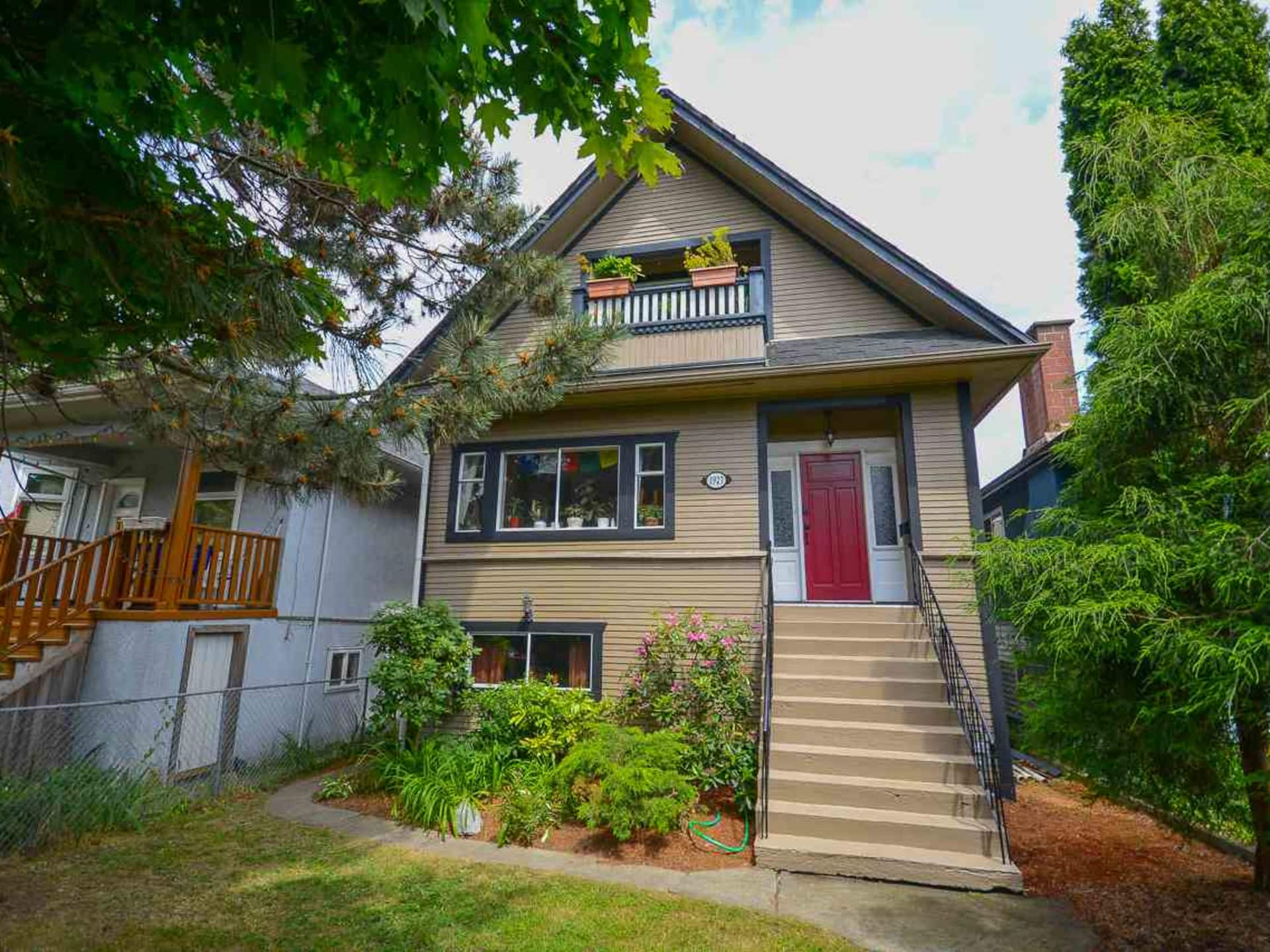 Cedar Cottage - Victoria House for sale: 6 bedroom 2,769 sq.ft. (Listed 2019-01-10)