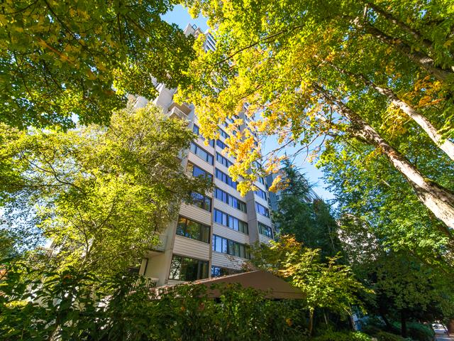 West End - English Bay Apartment for sale: The Sandpiper 1 bedroom 638 sq.ft. (Listed 2019-04-09)