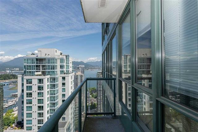 Coal Harbour Condo for sale: Venus 1 bedroom  Granite Countertop 550 sq.ft. (Listed 2019-06-14)
