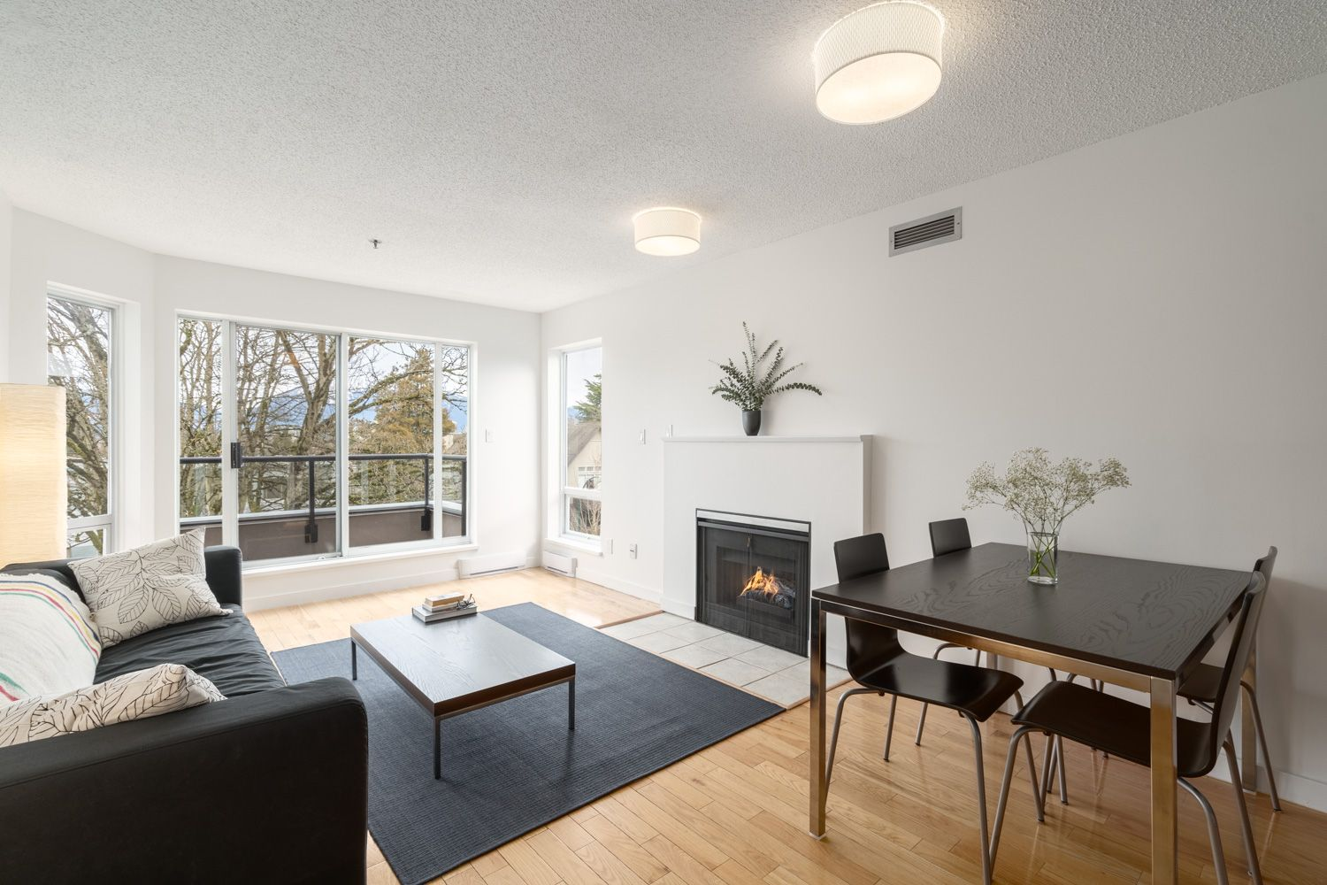 Kitsilano  Apartment for sale: 1988 Maple 2 bedroom  Stainless Steel Appliances 819 sq.ft. (Listed 2020-08-28)