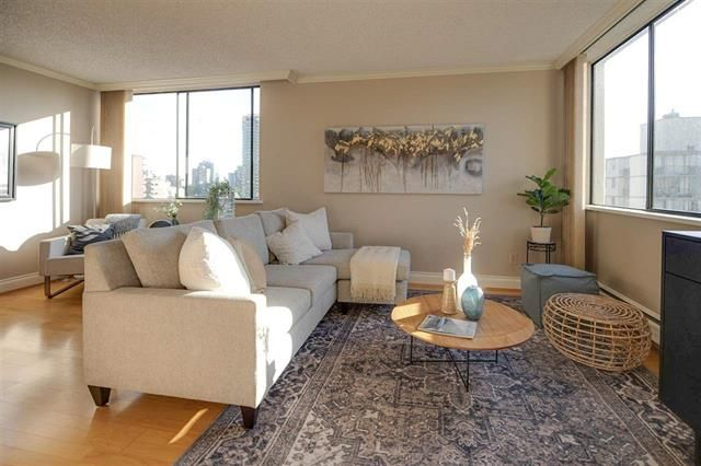 West End - West of Denman Apartment for sale: Huntington Place 1 bedroom 726 sq.ft. (Listed 2021-05-17)
