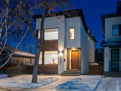 Highwood House for sale:  3 bedroom 1,925 sq.ft. (Listed 2020-03-11)
