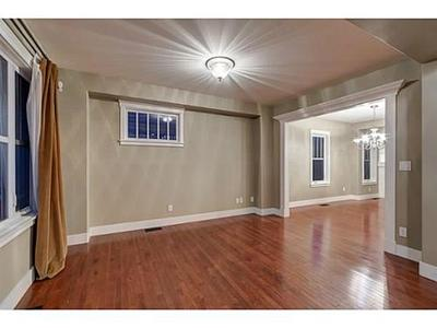 Rideau Park House for sale: 1,743.77 sq.ft. (Listed 2014-03-20)