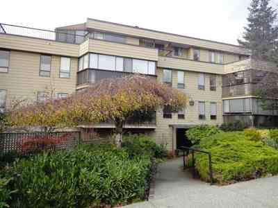White Rock Condo for sale:  1 bedroom 1,035 sq.ft. (Listed 2017-11-21)