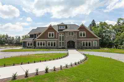 Otter District House for sale:  5 bedroom 5,935 sq.ft. (Listed 2019-06-29)