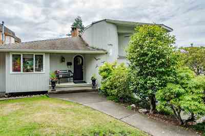 White Rock House for sale:  4 bedroom 1,990 sq.ft. (Listed 2018-12-11)