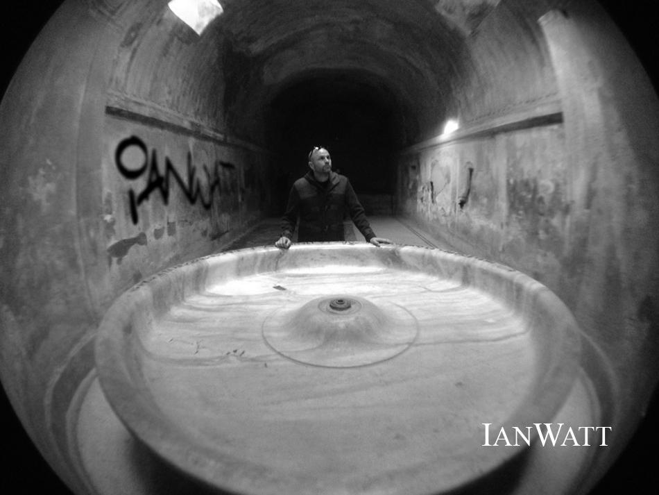 Ian Watt in Pompei Beastie Bones IanWatt Home.jpg