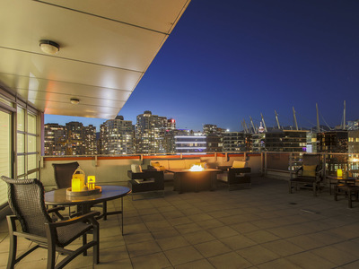 Yaletown Yaletown Penthouse for sale: Cooper's Point 3 bedroom 1,960 sq.ft. (Listed 2017-08-10)