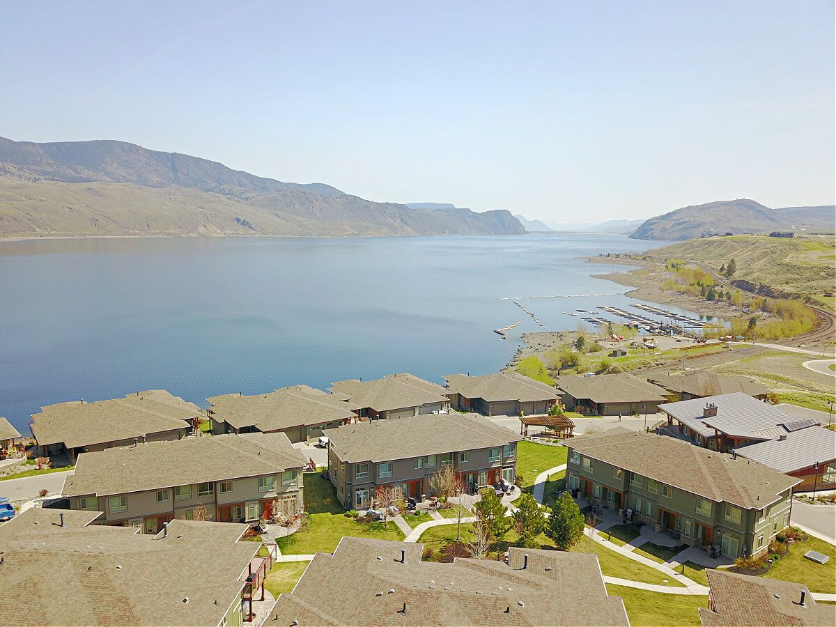townhouses in tobiano