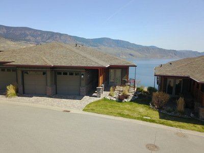 Tobiano Duplex for sale:  3 bedroom  Stainless Steel Appliances, Granite Countertop, Glass Shower, Hardwood Floors 1,834 sq.ft. (Listed 2019-04-02)