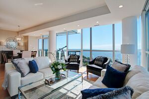 Port Credit Apartment for sale: North Shore 2+1 1,866 sq.ft. (Listed 2020-09-15)