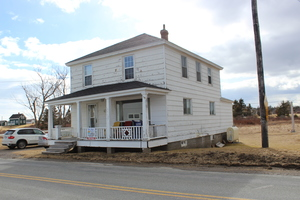 Larry River Single Family for sale:  4 bedroom 1,771 sq.ft. (Listed 2018-03-17)