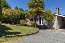 Nanoose Rancher for sale: Beachcomber 3 bedroom 1,080 sq.ft. (Listed 2018-05-18)