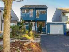 Greentree Village House for sale:  4 bedroom 1,688 sq.ft. (Listed 2013-03-06)