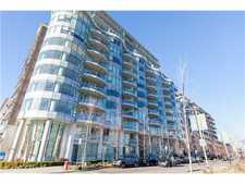 False Creek Apartment for sale: The Sails at False Creek 1 Bedroom + Den 650 sq.ft. (Listed 2014-01-07)