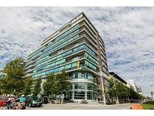 False Creek Apartment for sale: Brook at the Village on False Creek 2 Bedroom + Den 1,099 sq.ft. (Listed 2014-11-01)