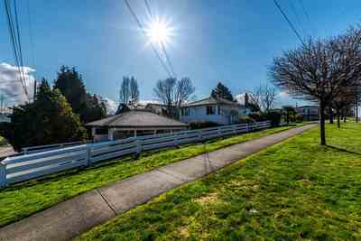 Hastings East House for sale:  4 bedroom 2,570 sq.ft. (Listed 2017-06-01)