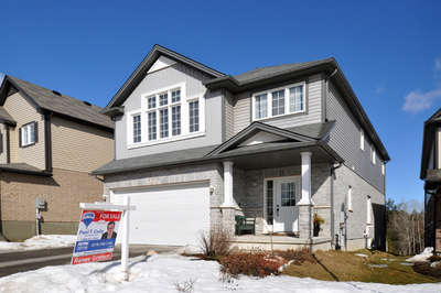 Huron 1.5 Storey for sale:  4 bedroom 2,412 sq.ft. (Listed 2015-03-25)