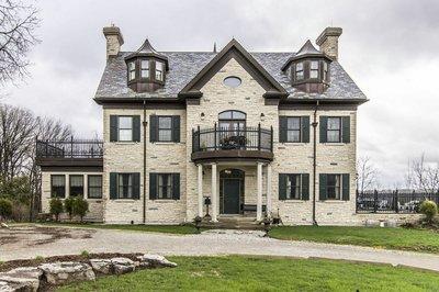 Cambridge 2 1/2 STR for sale:  3 bedroom 5,000 sq.ft. (Listed 2017-04-27)