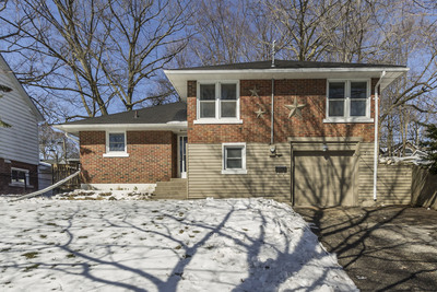 West Galt Side Split for sale:  3 bedroom 1,057 sq.ft. (Listed 2018-04-21)