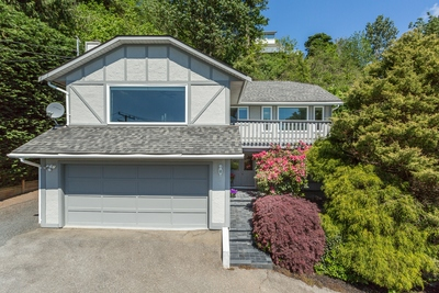 36013 Old Yale Road, Abbotsford (East) House for sale: Whatcom 4 bedroom