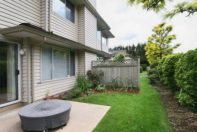East Abbotsford Townhouse for sale: Meadow View 3 bedroom 1,376 sq.ft.