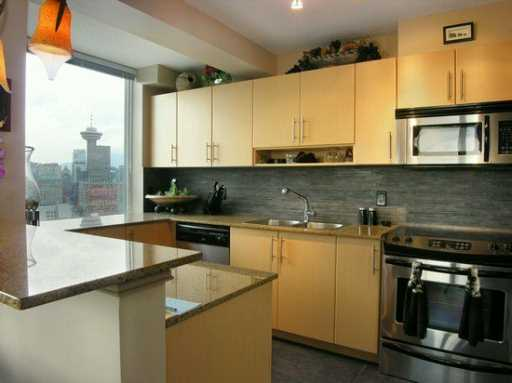 The Taylor (550 Taylor St) Kitchen #1 - By Jay McInnes