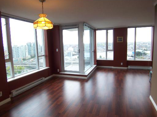 550 Taylor St (The Taylor) Living / Dining Room by Jay McInnes