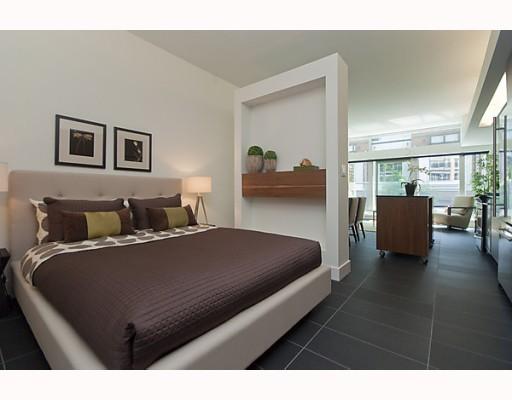 33 W Pender St (33) Bedroom by Jay McInnes