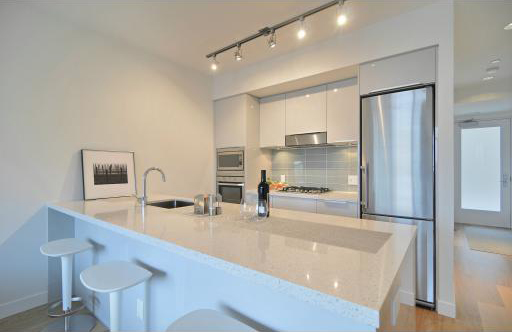 71 E Pender St (East) Kitchen by Jay McInnes
