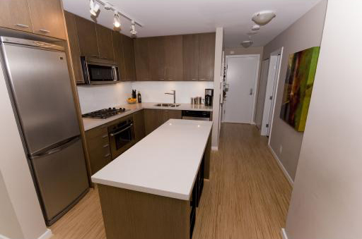531 Beatty Street (Metro Living) - Kitchen 2 by Jay McInnes
