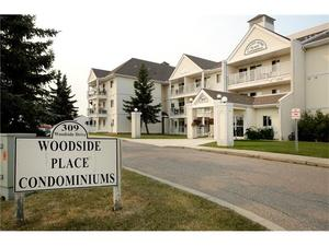 Woodside Condo for sale:  1 bedroom 537 sq.ft. (Listed 2017-09-06)