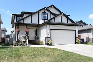 Luxstone House for sale:  4 bedroom 1,946 sq.ft. (Listed 2018-08-14)