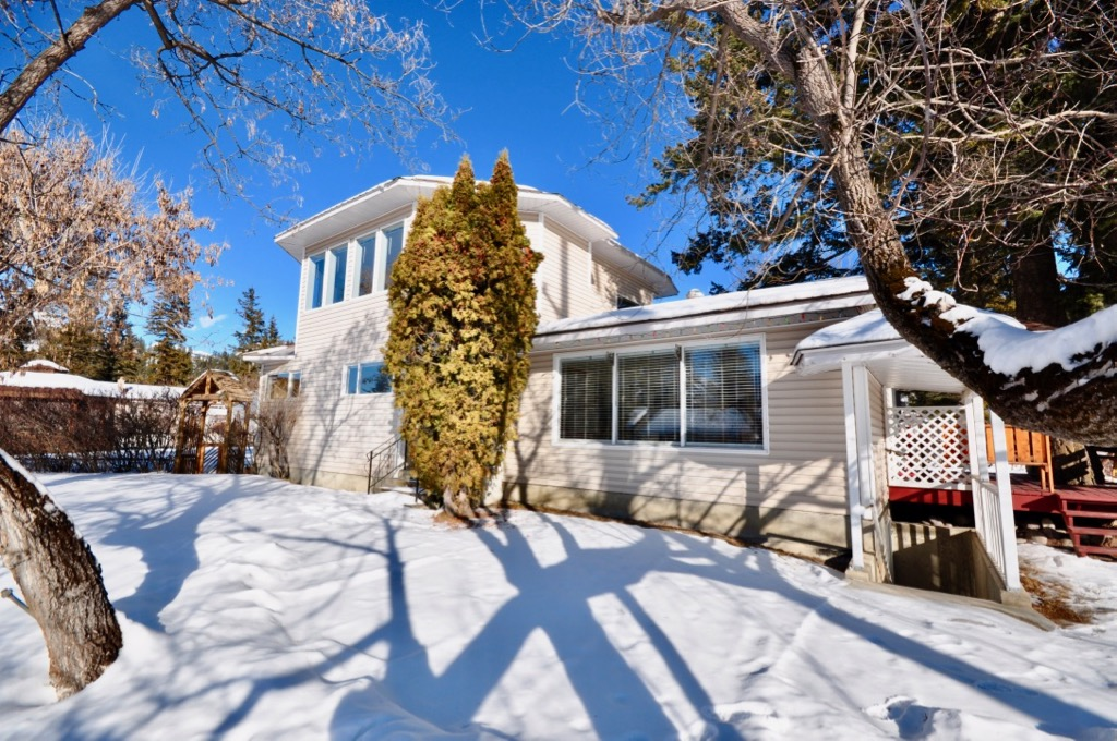 Downtown Golden  Single Family Residential for sale:  5 bedroom 3,369 sq.ft.