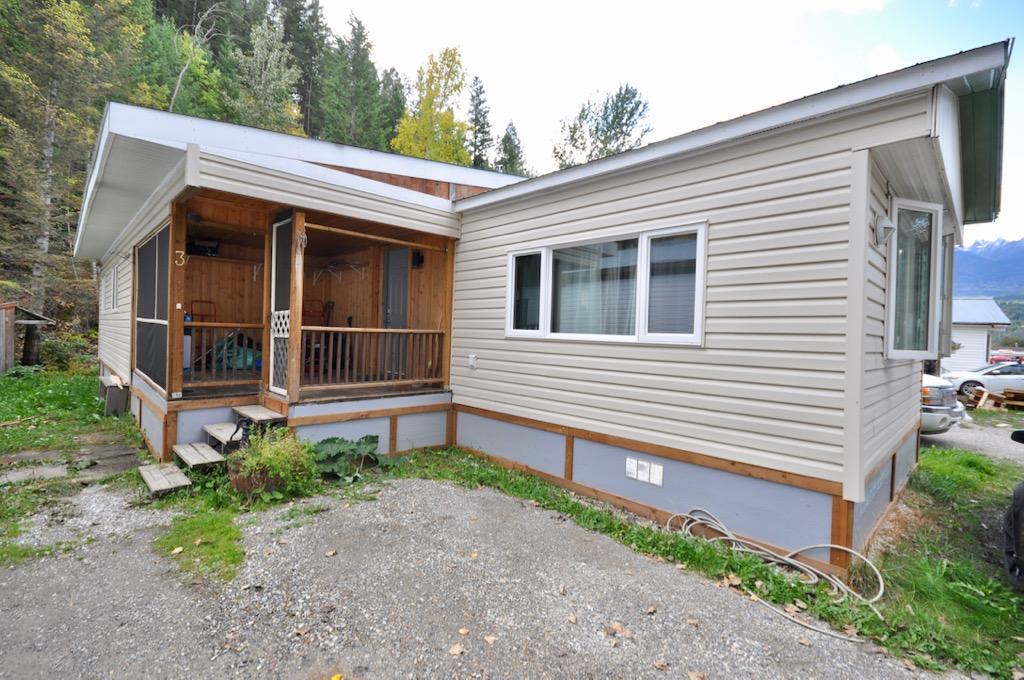Golden  Manufactured  for sale: Golden Mobile Home Park  5 bedroom 1,142 sq.ft.