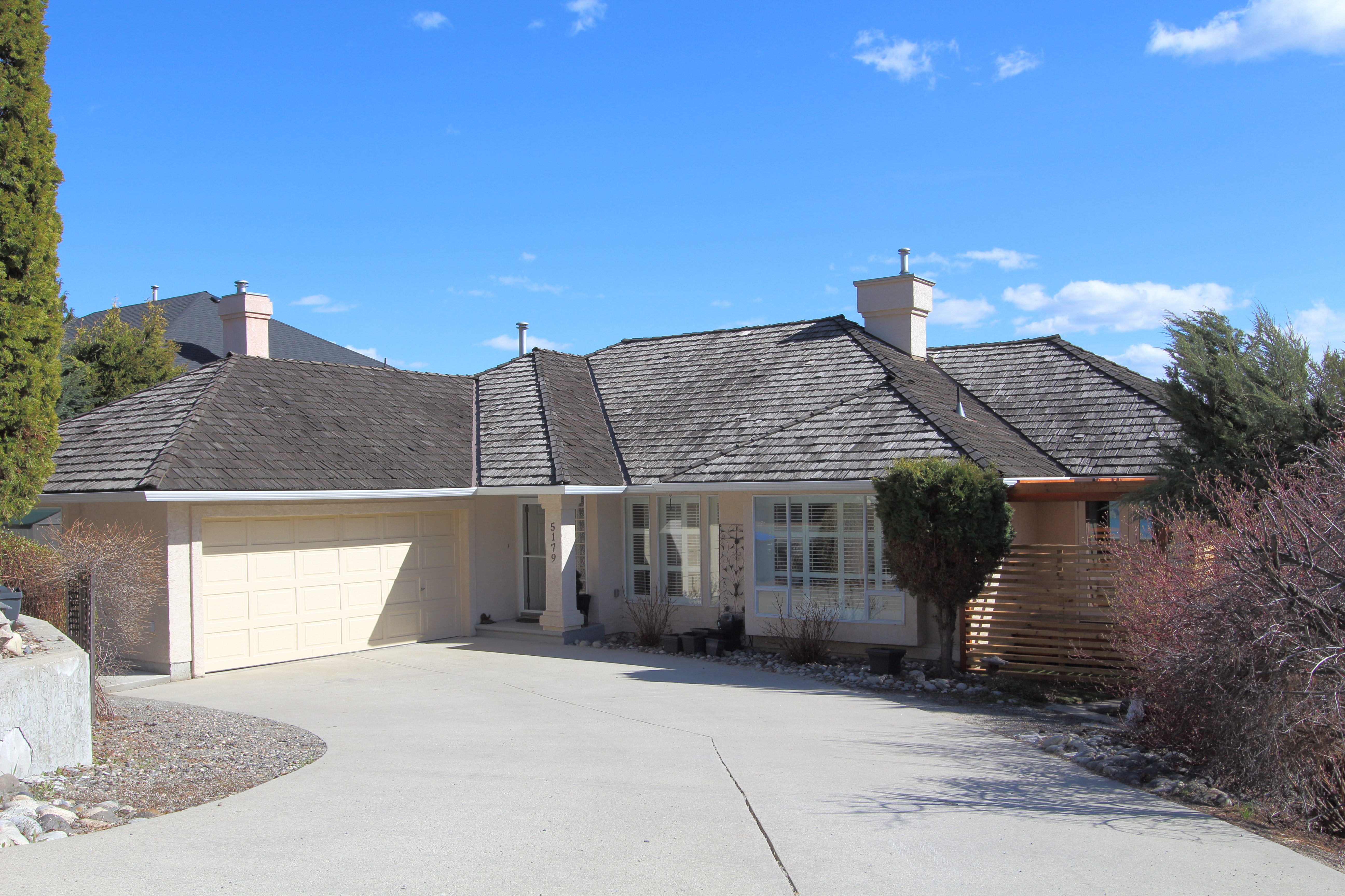 Peachland House for sale: 4 bedroom 3,876 sq.ft. (Listed 2018-04-23)