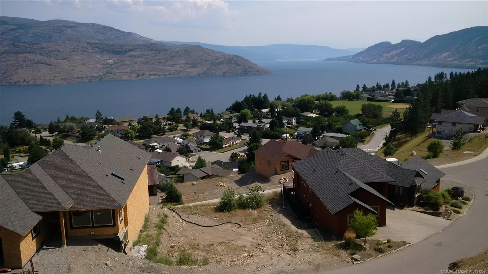Peachland fully serviced building lot in Sunview Estates