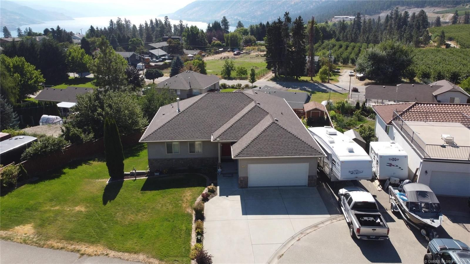Peachland House for sale:  5 bedroom 2,898 sq.ft. (Listed 2020-09-17)