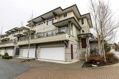 Brackendale Townhouse for sale:  3 bedroom 2,439 sq.ft. (Listed 2020-04-23)