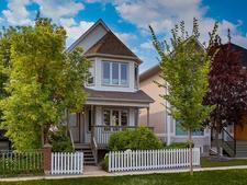 Tuxedo Park House for sale:  3 bedroom 1,562 sq.ft. (Listed 2018-08-29)