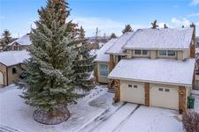 Strathcona Park House for sale:  4 bedroom 2,353 sq.ft. (Listed 2019-01-25)